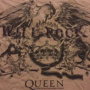 Vintage QUEEN band t-shirt